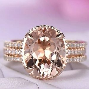 Oval Morganite Halo 18K Rose Gold 2Pcs Ring Set